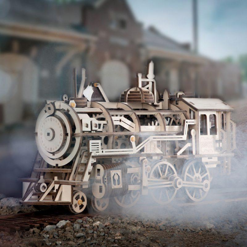 Locomotive LK701