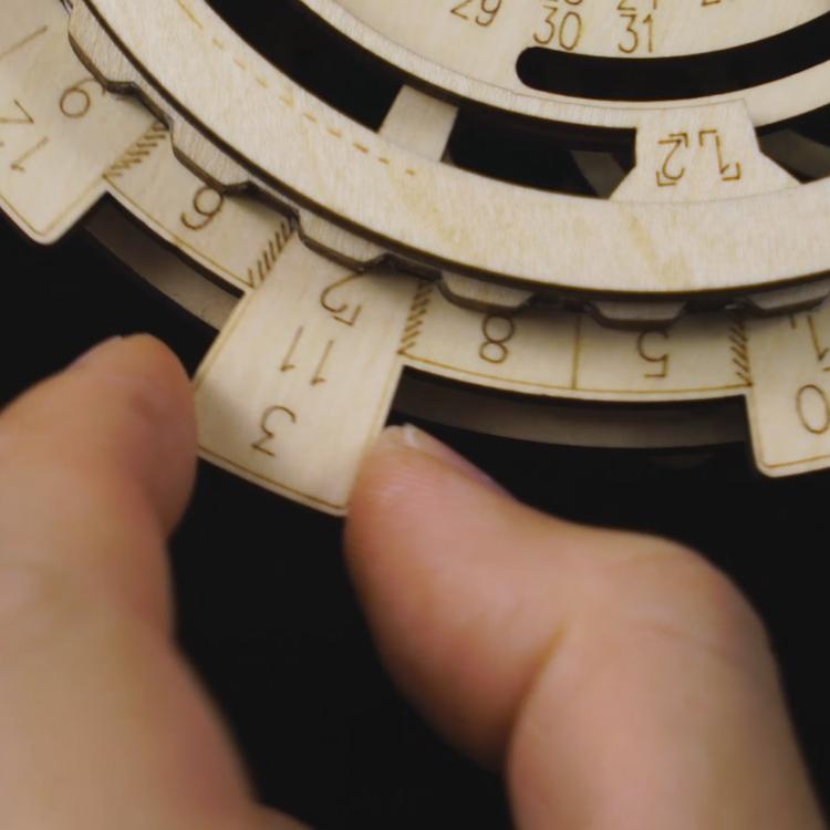 adjust-disks-rokr-lk201-wooden-perpetual-calendar-3Dpuzzle