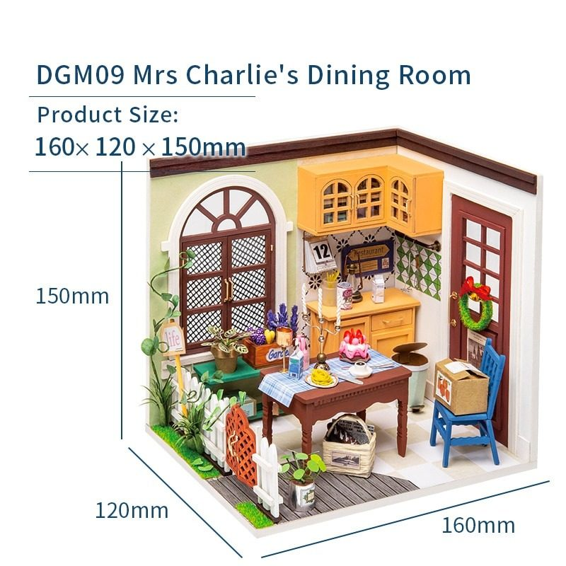 Mrs Charlie's Dining Room DGM09